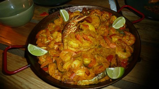 Tranquilseas Eco Lodge and Dive Center : The Paella- not to be missed !!!!!