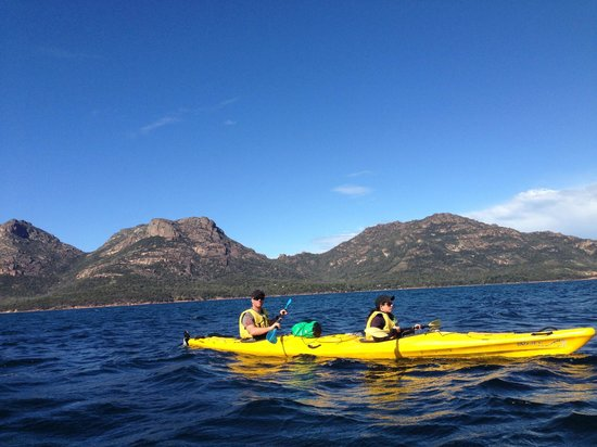 Freycinet Adventures: Sea Kayaking - Coles Bay TAS