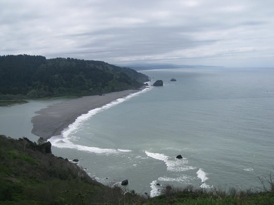 Klamath River - view of mouth from Requa Road