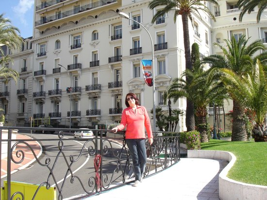 Hotel de Paris Monte-Carlo: Back view