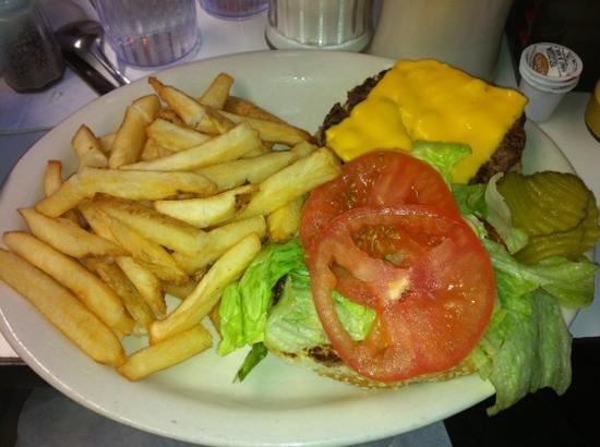 Mickey's Diner : California Cheeseburger