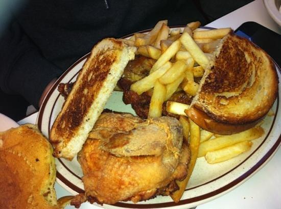 Mickey's Diner : Fried Chicken