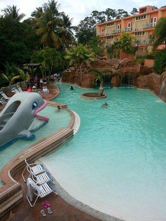 Hotel Cielo Mar: picina