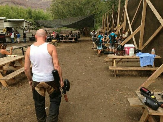 Maui Paintball: Staging Area - Tables, shade, drinks and snacks