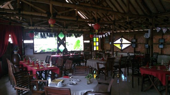 Villa Sumbing Indah: The restaurant