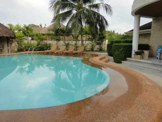 Linaw Beach Resort and Restaurant: very nice