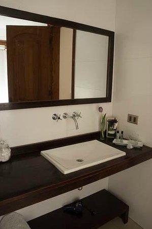Hotel Il Giardino: Sink