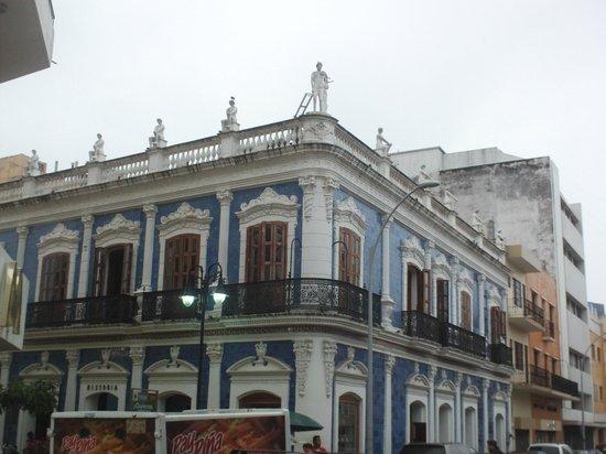 Foto de museo de historia de tabasco casa de los azulejos for Casa de los azulejos historia