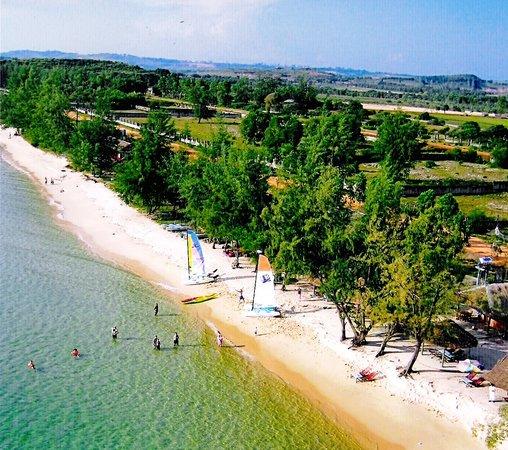 Sihanoukville, Kambodja: Otres Nautica on Otres Beach