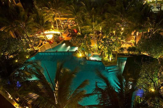 Avista Phuket Resort & Spa: Night view of pool from Karon Suite