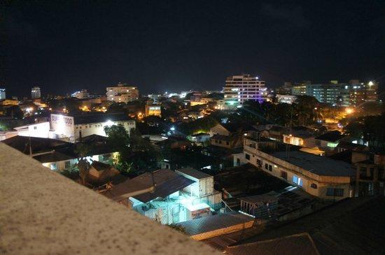 El Viajero San Andres Hostel & Suites: Vista desde el bar