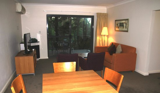 Leisure Inn Spires - Blue Mountains: View of the 1 bed room apartment