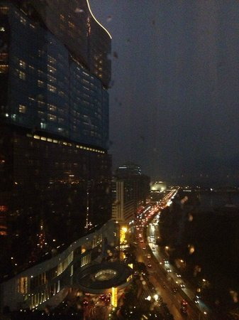 Mandarin Oriental Macau : night view from room