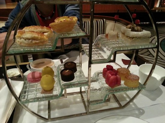 Mandarin Oriental Macau: Very good afternoon tea