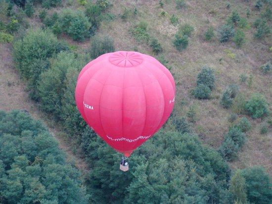 Art Montgolfieres : otro globo similar