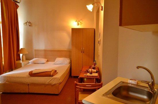 Budak Residence: Room/apartment.