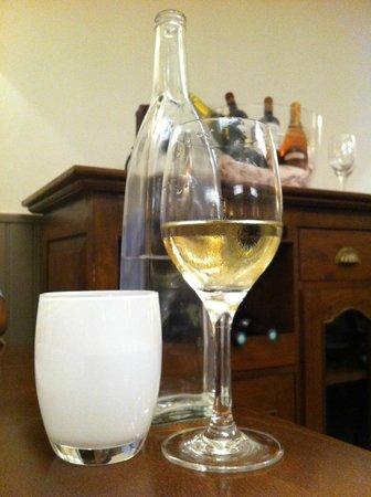 La Gerbe d'Or: detalle bebidas