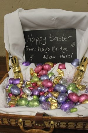 Perry's Bridge Hollow: Happy Easter to all our guests