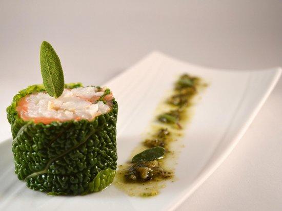 L'Allee des Vignes: L'Allée des Vignes - L'Atelier - Duo de saumon & langoustines en maki