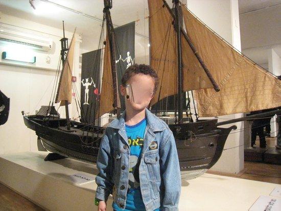 National Maritime Museum: Ship model