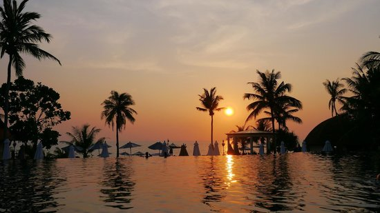 Rawi Warin Resort & Spa: A wonderful sunset