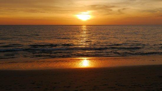 Rawi Warin Resort & Spa: Never miss a sunset