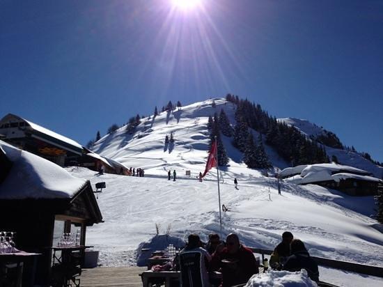 Bergrestaurant Wasserngrat: vue sur la piste d'arrivée