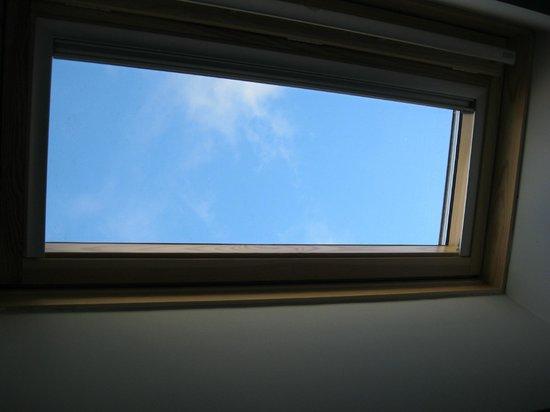 Hotelet del Bac: se pueden ver las nubes y las estrellas desde la habitación!