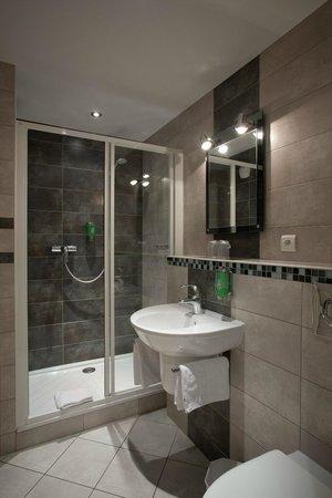 hotel du nord macon frankrig hotel anmeldelser sammenligning af priser tripadvisor. Black Bedroom Furniture Sets. Home Design Ideas