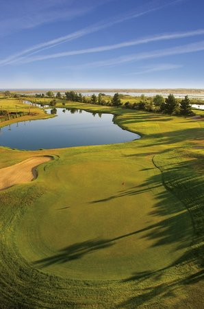 Vidamar Resort Algarve : Salgados 18-hole golf course, alongside the Hotel