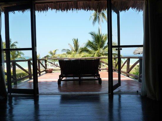 Phi Phi Island Village Beach Resort: view from bedroom