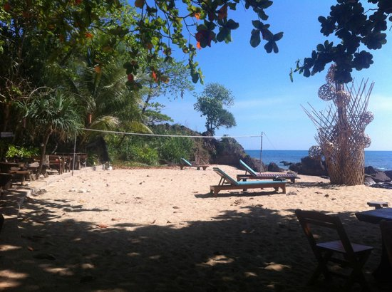 Narima Bungalow Resort: Stranden