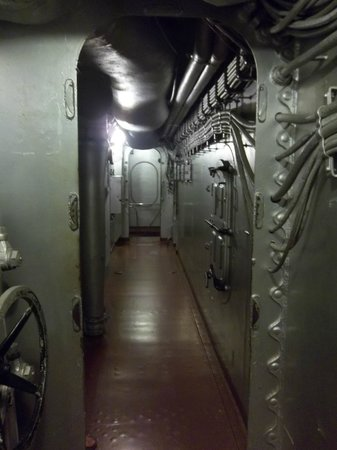 Battleship NORTH CAROLINA: Hallway