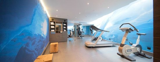 Agora Swiss Night by Fassbind: Fitness free of charge