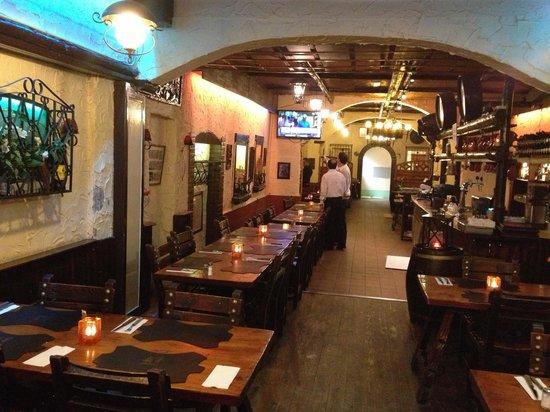 Restaurant El Asador: Inside El Asadar