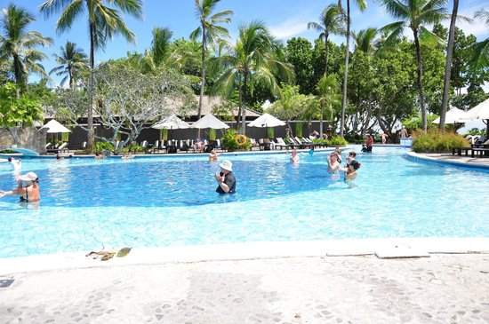 Melia Bali Indonesia: One of big pool with good view to the private beach