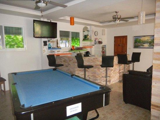 Nc-Residence-Hotel: Bar, billard