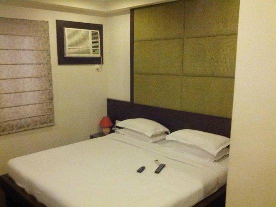 Relax Inn : Room 105