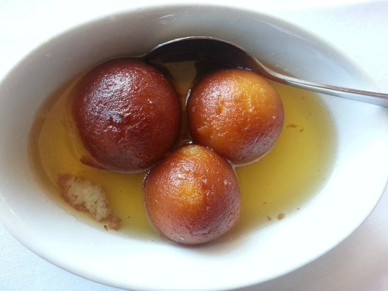 7 Spices: Gulab Jamun (donuts floating in warm, sweet syrup)