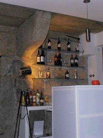 แกลอรี โฮสเทล: Bar