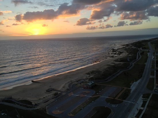 Radisson Blu Hotel, Port Elizabeth: southern view from 18th floor