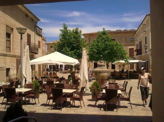 Cal Lloro Hotel: TERRAZA CAL LLORO