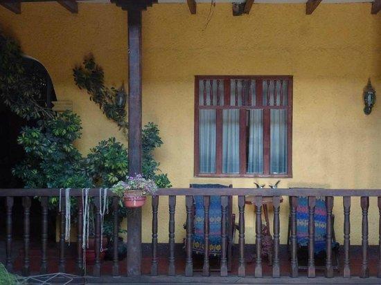 Hotel Plaza: Zimmer über Patio