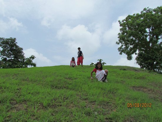 Tincha Fall: Hang out place for kids