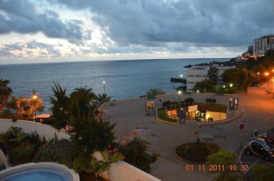 Melia Madeira Mare Resort & Spa: widok z pokoju (209) ;)