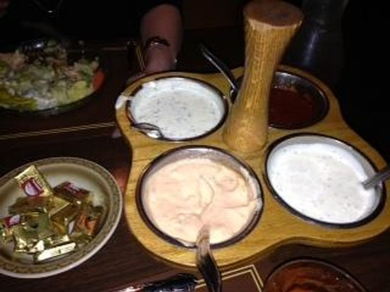 Borrie's Family Restaurant: Choice of Ranch, 1,000 Island, Blue Cheese, French dressings