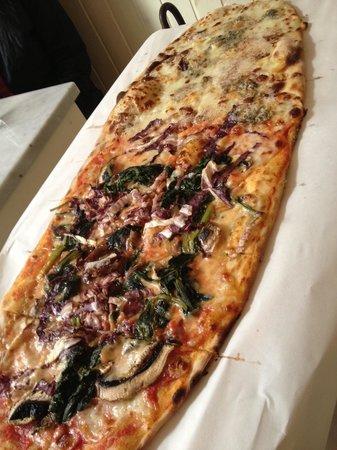 Pizza @ La Botteghina