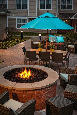Residence Inn Columbus Easton: Outdoor Firepit