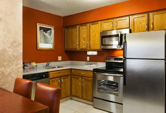 Residence Inn Columbus Easton: Kitchen