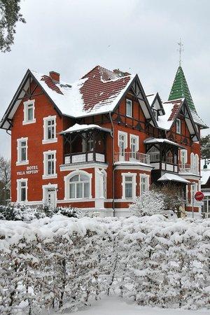 Villa Neptun - Hotel & Fischrestaurant: Einzigartig in seiner Bauweise - Wohlfühlhotel